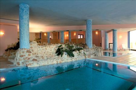 giardini-doriente-piscina-interna