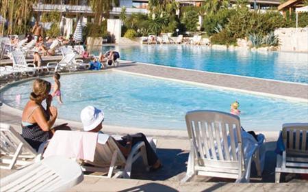giardini-doriente-piscina