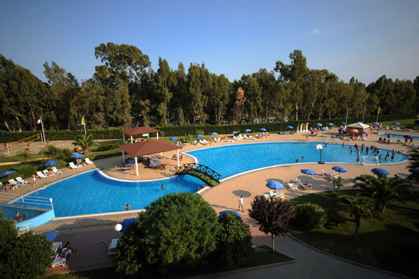 nova-siri-piscina_veduta