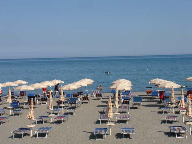 nova-siri-spiaggia_02